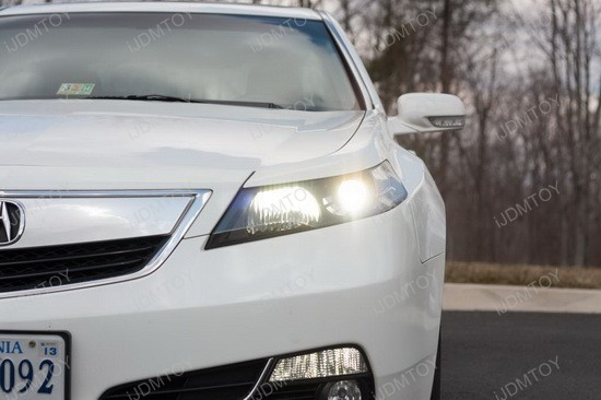 Acura TL 9005 LED Headlight Replacement Bulbs 3