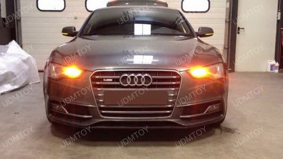 Audi A4 PWY24W LED turn signal 02