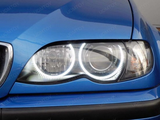 BMW 330i E46 LED Angel Eyes 1