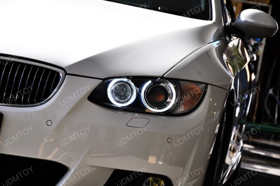 BMW LED Angel Eyes 335 01