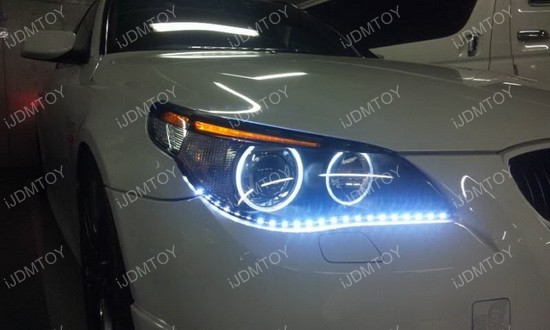 http://www.ijdmtoy.com/BLOG/Showcase/BMW-LED-Lights-HID-Bulbs/galleries/2014_Vol_14/BMW-with-Audi-style-Switchback-01.jpg