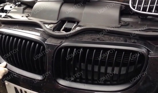 Install BMW Front Kidney Grille 10
