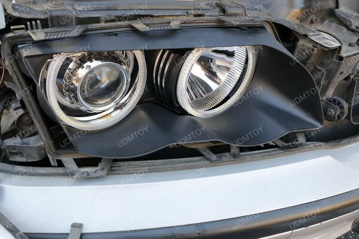 Install Switchback LED BMW Angel Eyes 07