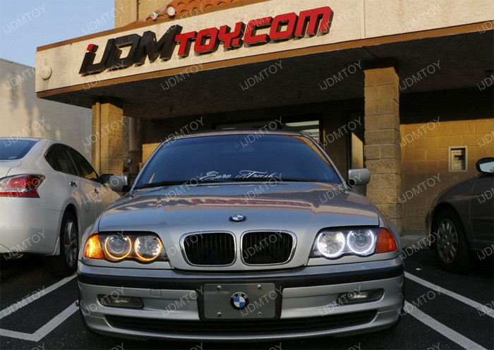 Install Switchback LED BMW Angel Eyes 15