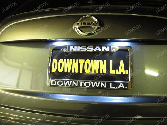2011 - nissan - junk - licence - plate - lights - 2