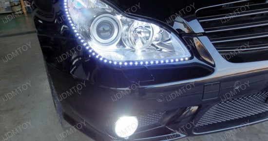 2008 - mercedes - cls550 - led - strip - lights - 2