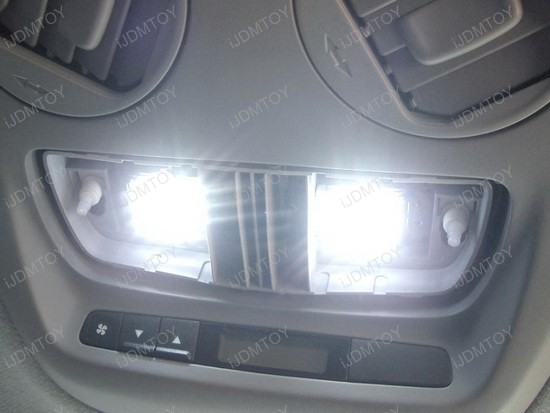 2006 - mercedes - benz - c320 - led - inteior - lights - 6