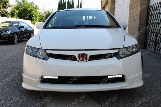 http://www.ijdmtoy.com/BLOG/Showcase/Car-LED-Blog/galleries/2011-09-14/honda-civic-switchback-led-drl-1.jpg