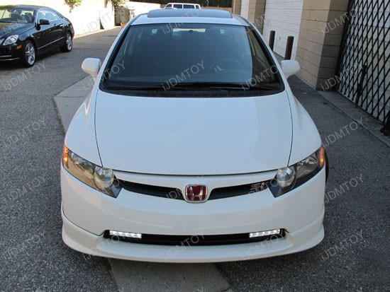 http://www.ijdmtoy.com/BLOG/Showcase/Car-LED-Blog/galleries/2011-09-14/honda-civic-switchback-led-drl-4.jpg