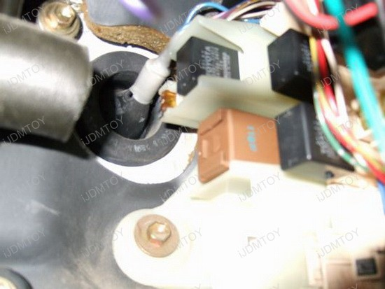 Turn Signal Lights 3-PIN LED Flasher Relay Fix Installation ... on led white 2 6 cell circuit, led flasher module, led turn signal wiring diagram, led electronic flasher wiring, led signal electrical diagram, led in series diagram, led turn signal flasher, led tachometer, led flasher unit, led flasher relay, led hazard flasher, led resistor-capacitor circuit,