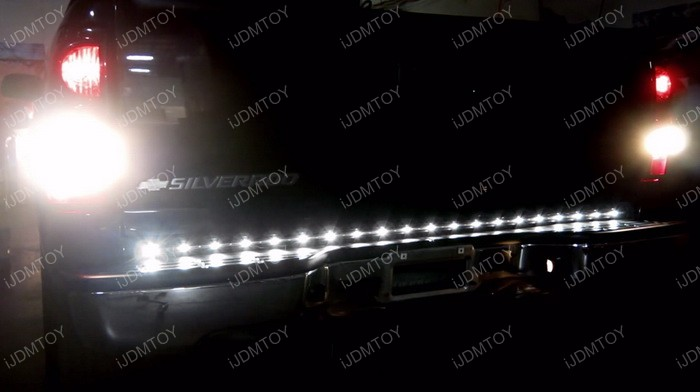 LED tailgate strip light 12
