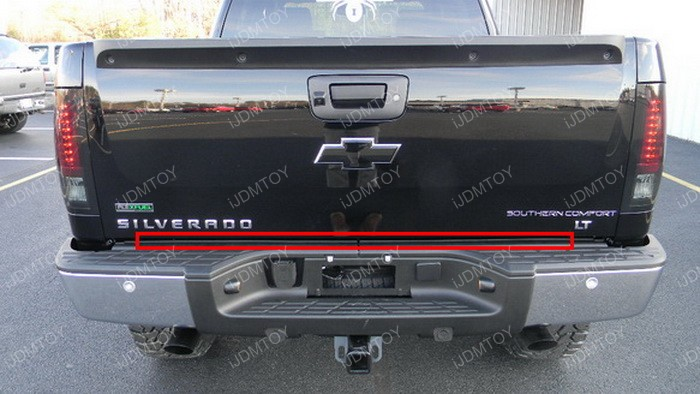 LED tailgate strip light 14
