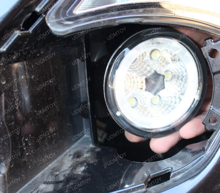 LED fog light installation 08