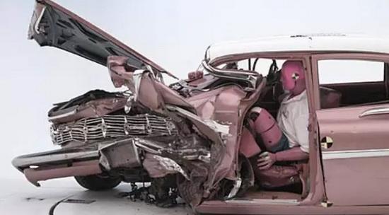 Car crash test 06