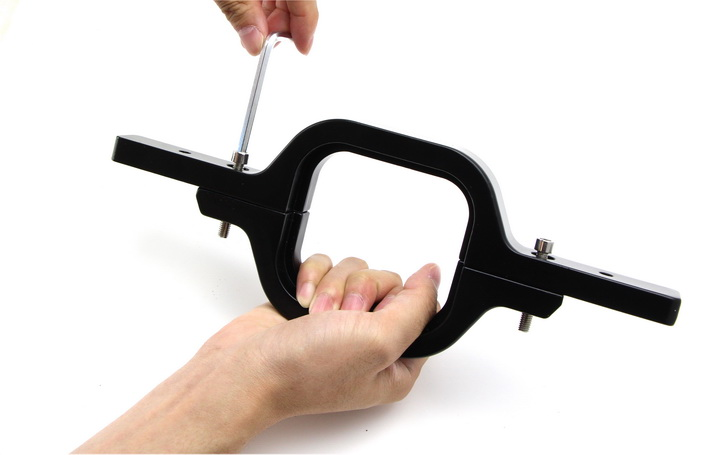 tow hitch bracket 01