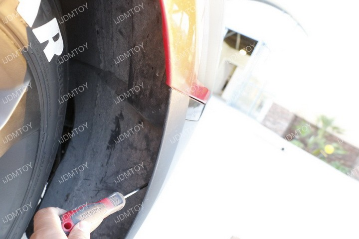 Install Chevy Camaro Halo Fog 02