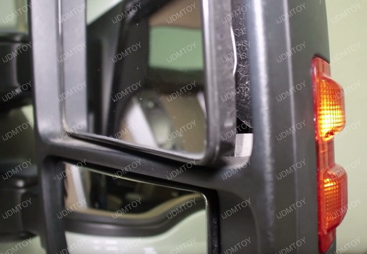 Install F250 Side Mirror LED Light 04