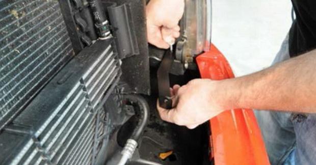 Install Ford F150 LED Light Bar Kit 02