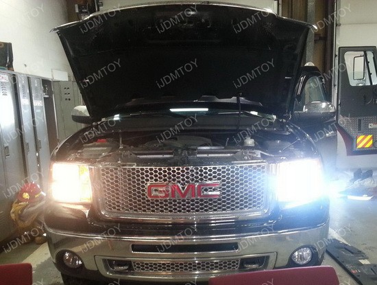 http://www.ijdmtoy.com/BLOG/Showcase/GMC-LED-Lights-HID-Bulbs/galleries/2012_Vol_1/GMC-HID-Conversion-Kit-01.jpg