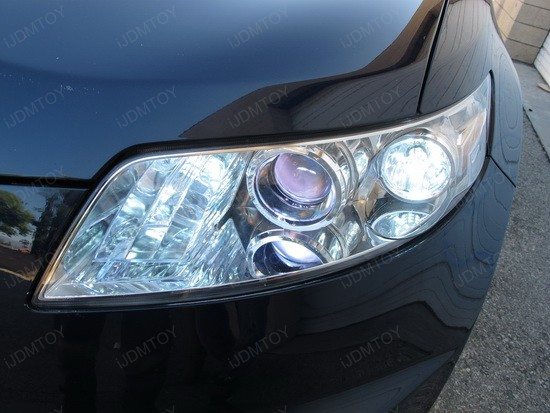Infiniti FX35 7440 Switchback LED 1