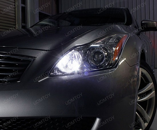 Infiniti G37 LED Parking Lights 1