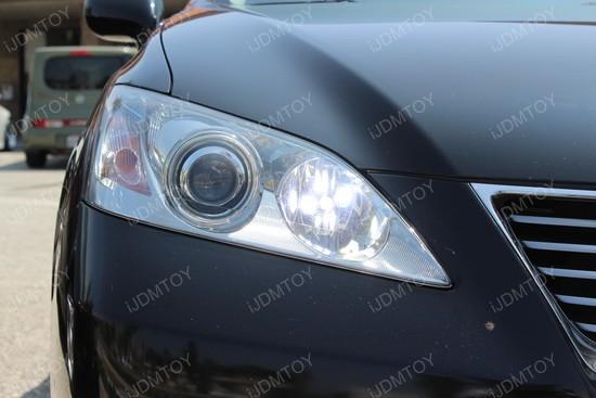 50W 9005 CREE LED Daytime Running Light Bulbs On Lexus