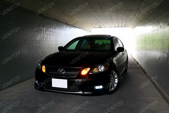 Lexus GS350 Golden Yellow 9005 LED DRL Bulbs 2