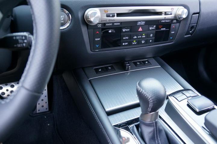 Lexus GS F Foglight 10