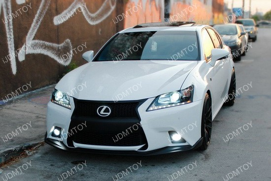 OEM Lexus Toyota LED Fog Light 01