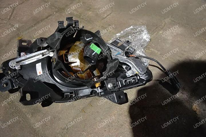 Install-Mazda6-LED-Daytime-Running-Light 06