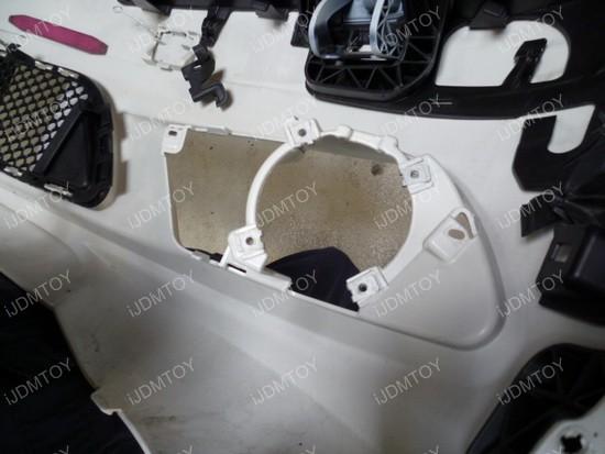 Mercedes Benz CClass Install LED DRL 02