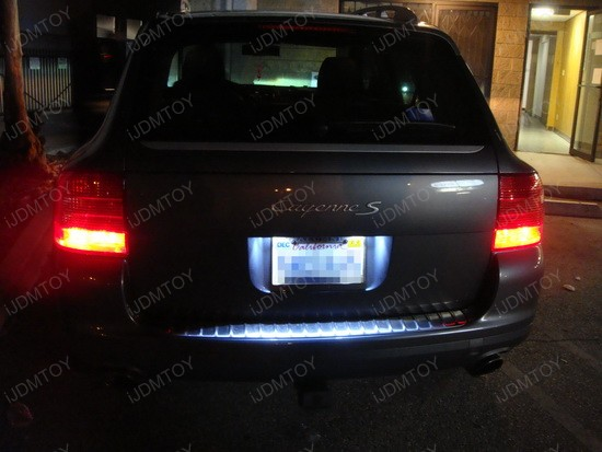 Porsche Cayenne S error free LED license plate lights 1