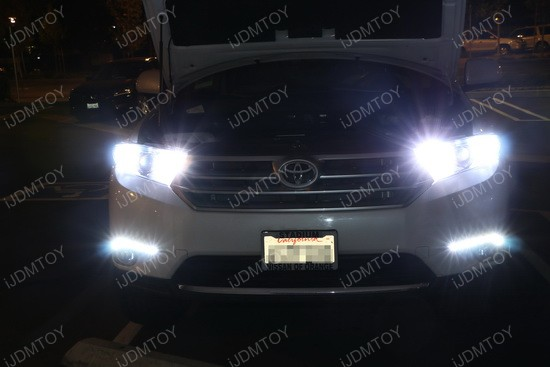 Toyota Highlander LED Daytime Lights 01