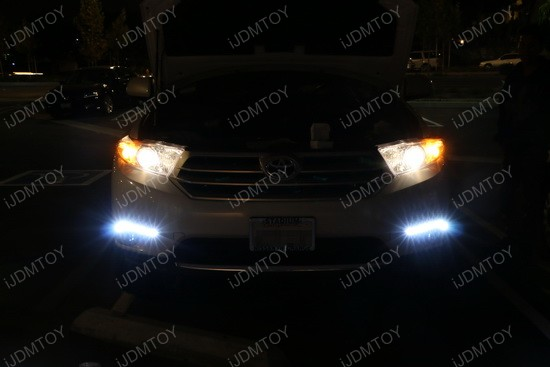 Toyota Highlander LED Daytime Lights 03
