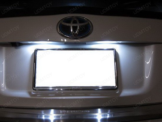 2010 Toyota Prius LED License Plate Lights