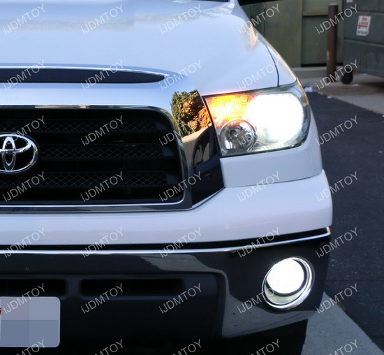 Switchback LED Toyota Tundra 04