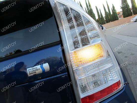 Toyota Prius 7440 LED Turn Signal 04
