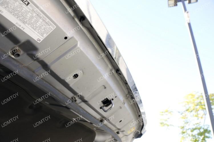Toyota Tundra LED Hood Bulge Strip 02