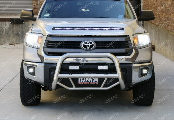 Install Toyota Tundra LED Fog Light 01