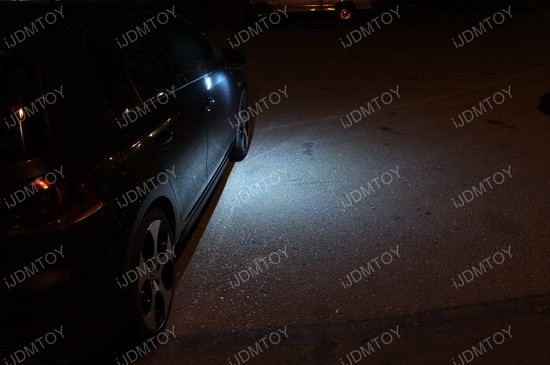 Volkswagen GTi LED puddle 02