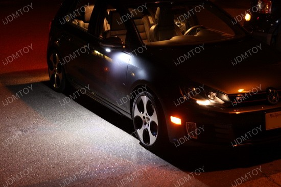 Volkswagen GTi LED puddle 03
