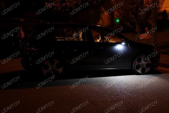 Volkswagen GTi LED puddle 04
