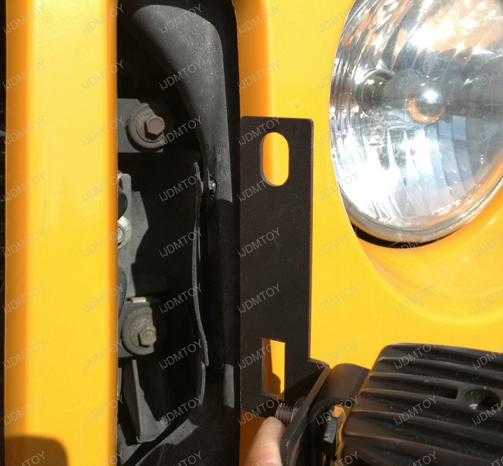Install Jeep Wrangler Grille Mounted LED Pod Light Driving Lamps