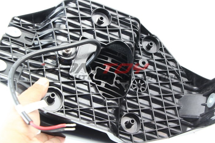 Assemble Ford F250 LED Fog Light Bezel