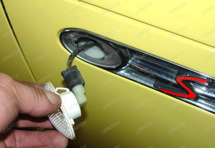 Mini Cooper MKI Direct Fit Error Free Amber Yellow LED Clear Lens Side Marker Light Lamp