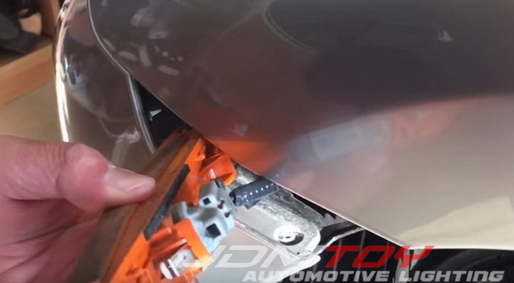 Install Nissan GTR LED Side Marker Lamp