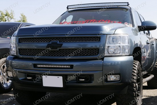 Chevy Silverado 1500 LED Light Bar