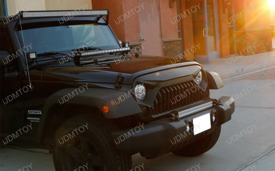 Jeep Wrangler Bumper LED Light Bar