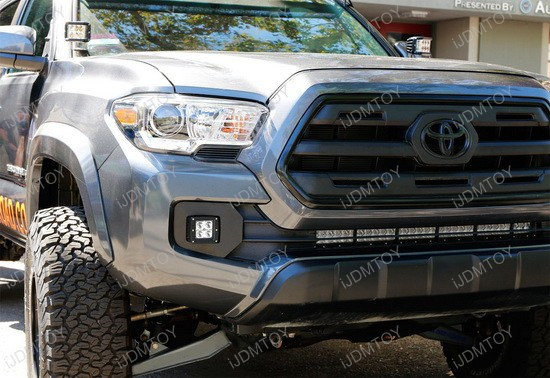 Toyota Tacoma Cubic LED Fog Light