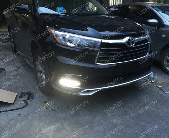 Toyota Highlander LED Daytime Running Lights